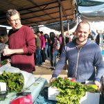שוק איכרים רמת השרון ירקות פירות טרי מהחקלאי